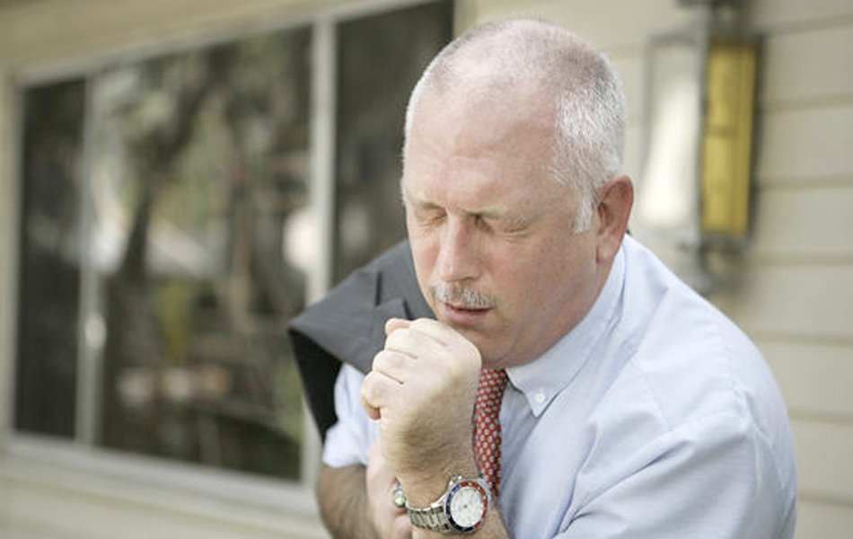 What Is the Difference Between Walking Pneumonia and Regular Pneumonia?